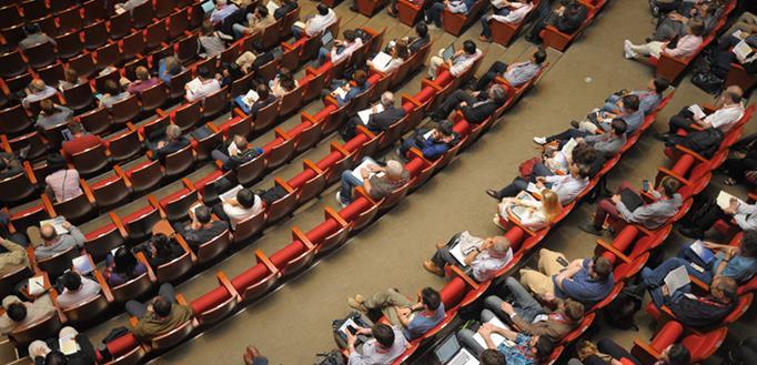 konferencija ljudi