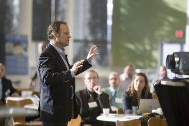 5 saveta kako da pronađete sjajnog govornika za konferenciju