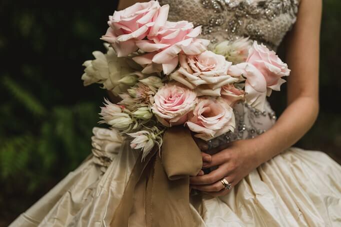 Kako organizovati letnje venčanje koje će se dugo pamtiti?