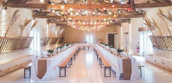 Sala za venčanje sa rustičnom dekoracijom